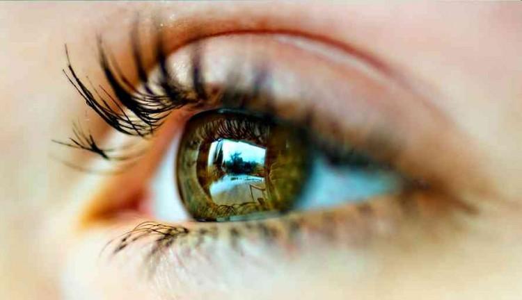 Terapkan Rumus 20-20 Untuk Jaga Kesehatan Mata, Begini Caranya